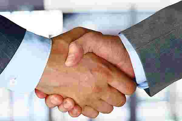 双赢: 战略上与你的顶级竞争对手合作