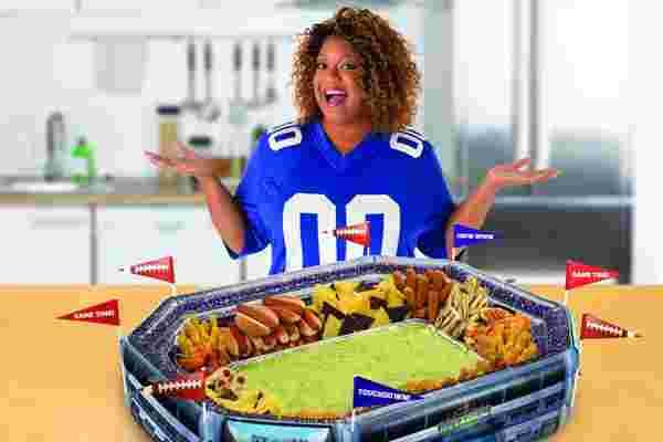 以下是名厨桑尼·安德森如何将她的超级碗快餐店推向市场